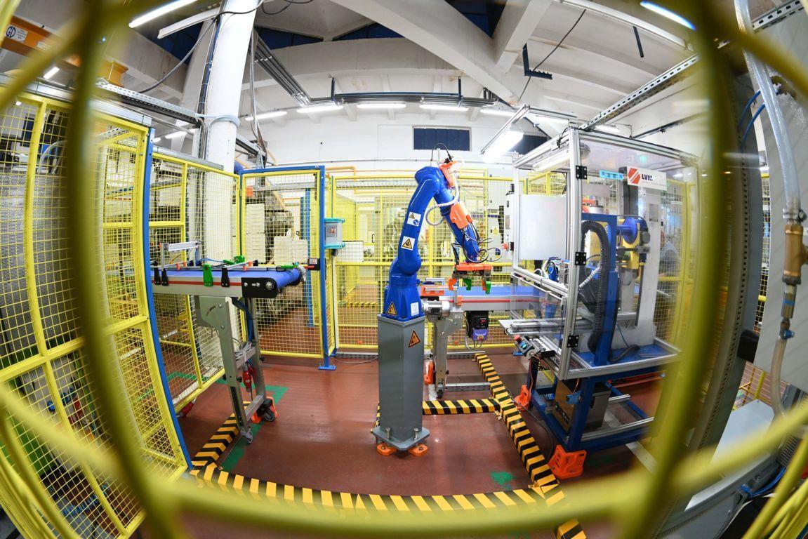 poza corporate poza roboti